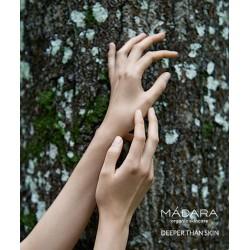 MADARA cosmétique bio plantes fleurs  Baume Riche DD crème naturel beauté green mains