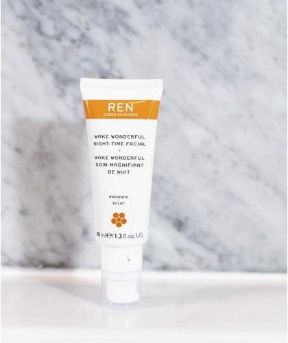 REN clean skincare - Wake Wonderful crème de nuit booste éclat teint terne acides de fruits végétal naturel cosmétique vegan