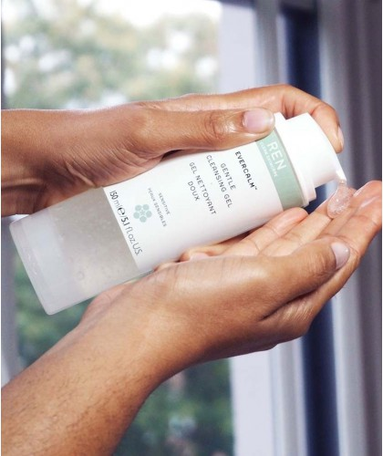 REN skincare EverCalm Gentle Cleansing Gel