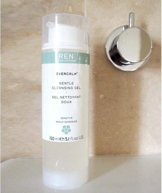 REN EverCalm Gentle Cleansing Gel Reinigungsgel clean skincare