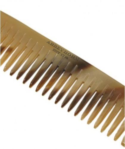 Peigne en corne Abbeyhorn  cheveux et barbe mini finition soignée objet unique fait main