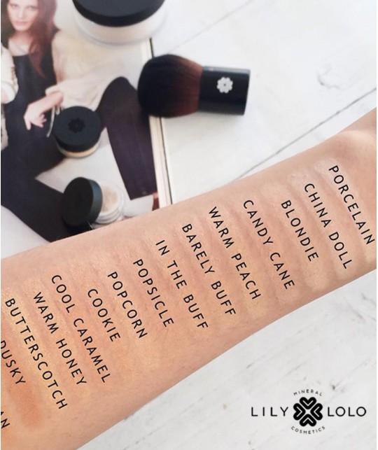 Lily Lolo Fond de Teint Minéral swatch couleur peau tester nuance teinte SPF15 18 teintes