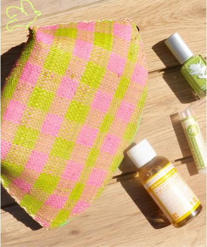 L'Officina Enjoy - Trousse Beauté en raphia tressé (vert & rose) beauté naturel fait main plage tendance cosmétique