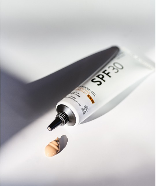 MADARA Sonnencreme Plant Stem Cell Age-Defying Face Sunscreen SPF30 Naturkosmetik