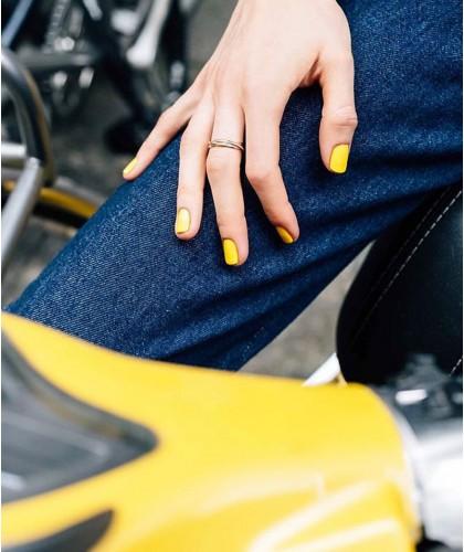 Manucurist Vernis GREEN Gold Button jaune naturel 9 free vegan