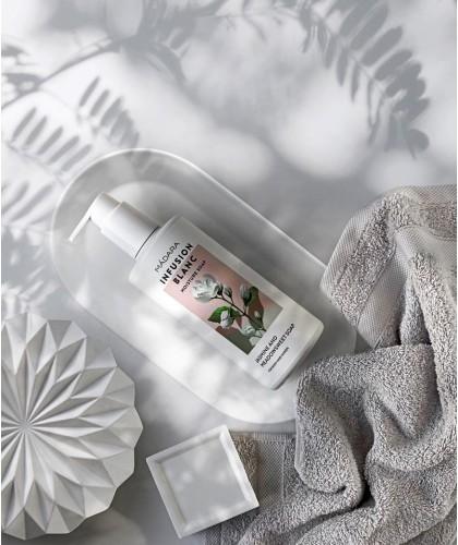 MADARA Gel Douche bio Infusion blanc hydratant Infusion jasmin naturel végétal savon corps