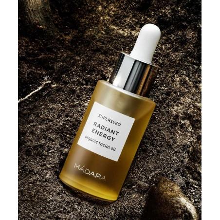 MADARA cosmétique  bio Huile visage Beauté teint végétal naturel Superseed Teint terne