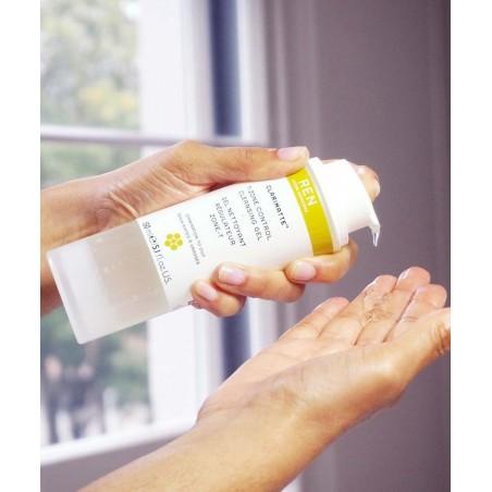REN Duo Clarinette™ peau mixte grasse acnéique zone T Gel nettoyant