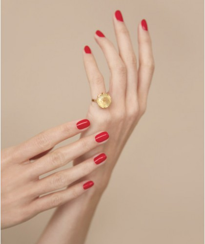 Manucurist  GREEN - Nail Polish Anemone red swatch vegan cruelty free