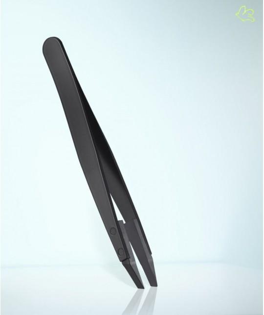 RUBIS Switzerland Tweezers Classic Techno Slanted tips - Black Men collection beard design high tech