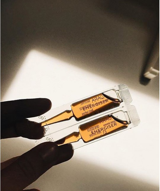Madara cosmétique Ampoules Antioxidant Energiser bio BOOST 10 x 3ml