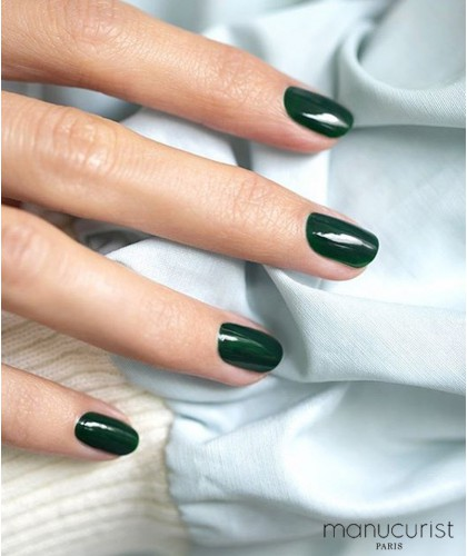 Manucurist Paris Nail Polish GREEN Emerald manicure
