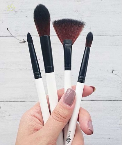 Makeup Brushes LILY LOLO Socket Line Brush mineral cosmetics