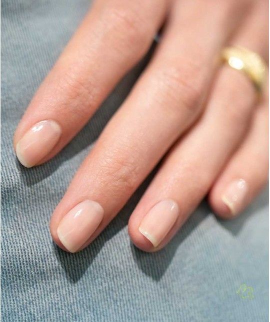 Manucurist Vernis GREEN Nude ongles naturel vegan swatch manucure