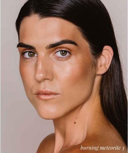 Madara organic makeup Buildable Highlighter Cosmic Drops liquid natural beauty certified vegan
