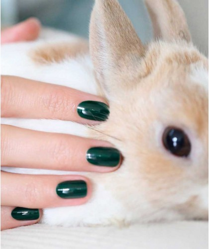 Manucurist Nagellack GREEN Emerald smaragdgrün swatch Paris