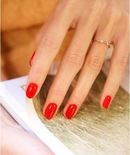 Manucurist Vernis GREEN rouge Poppy Red ongles naturel vegan swatch manucure