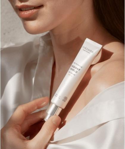 MADARA TIME MIRACLE Radiant Shield Day Cream SPF15 organic skincare