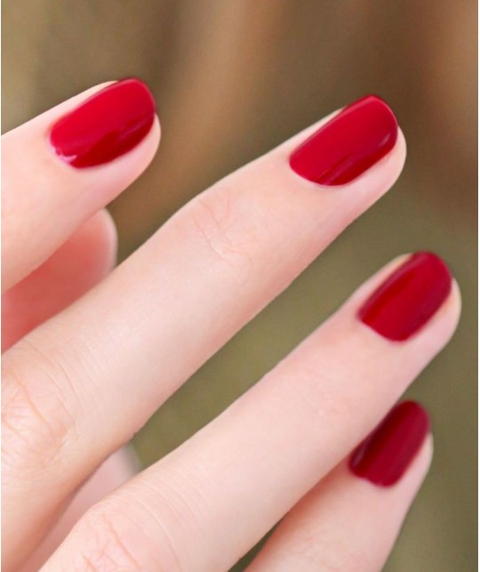 MANUCURIST - Vernis  GREEN Red Cherry rouge cerise ongles naturel