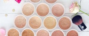 Un teint parfait en trois étapes avec le maquillage minéral Lily Lolo