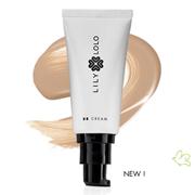 La BB Crème Naturelle Lily Lolo – choisir la teinte: Light ou Medium ?