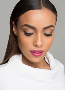 Get the look: Lily Lolo Mineral Cosmetics – Classic Beauty