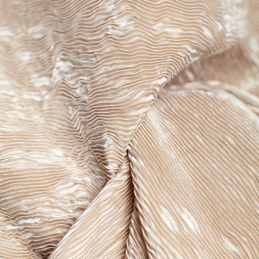 MADARA Grow ligne de soin cheveux bio champignons; Croissance et Volume: Shampooing, Après-Shampooing, Booster
