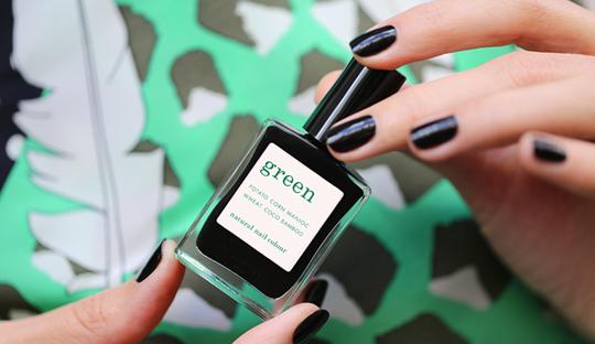 Manucurist Vernis Green Licorice anthracite naturel l'Officina Paris