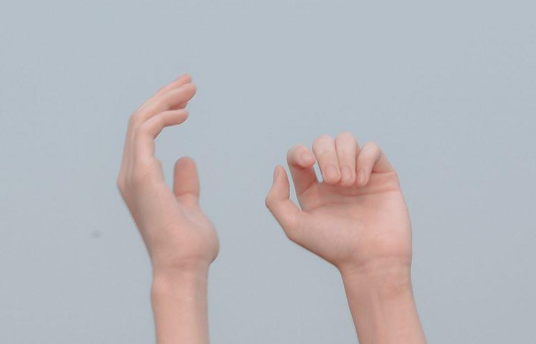 Read more about the article Irritations, sécheresse… prendre soin des mains quand on les lave fréquemment