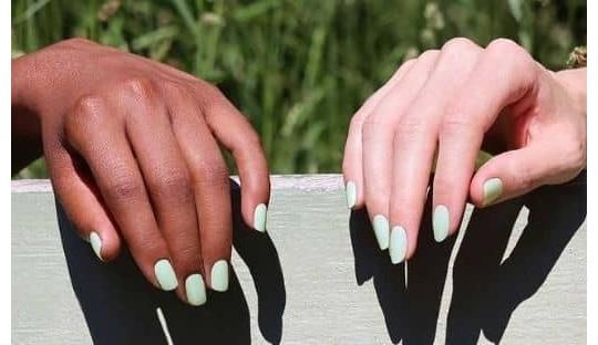 Manucurist vernis GREEN Mint vert pastel l'Officina Paris