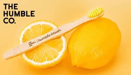 Brosses à dents bambou Humble Brush dentifrice naturel