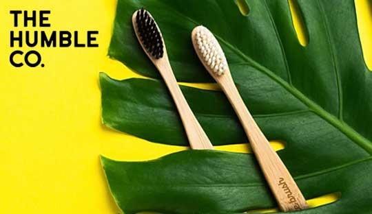 Bambuszahnbürste Zahnpasta Dr. Bronner Humble Mann