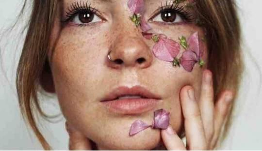 Madara Gesichtsmasken Peeling Naturkosmetik