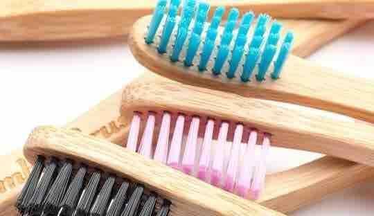 Bambus Zahnbürste Humble Brush