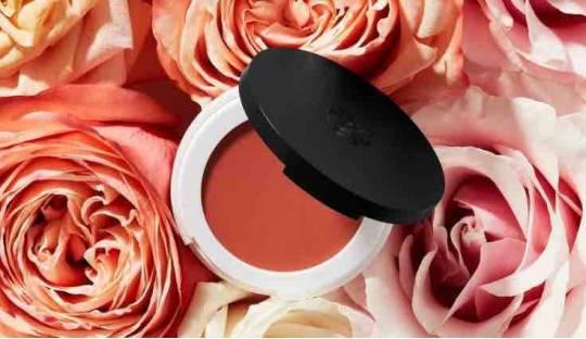 Blush Lily Lolo mineral cosmetics