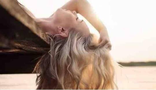 Organic Haircare Unique Shampoo natural beauty