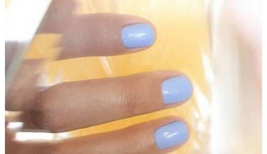 Nagellack Blau Grün Manucurist Paris Green