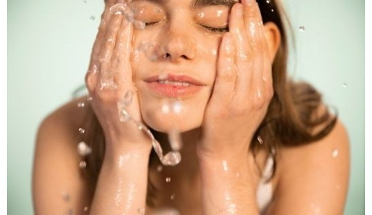 Reiniger & Makeup Entferner Madara cosmetics Naturkosmetik