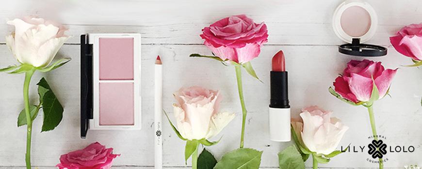Lily Lolo teint Enlumineur Blush Naked Pink minéral compact Maquillage naturel beauté green anti-bactérien poudre libre imperfections peau acnéique